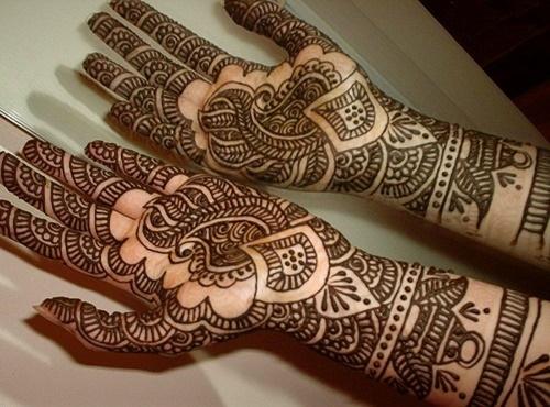 Beautiful Mehndi Design for diwali